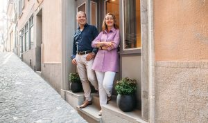 Arlette und Kaspar Rüegg suenos Eingang 02